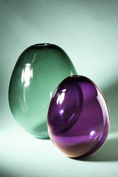 Soap bubble vases designed by Kaj Franck Nordic Design, Scandinavian Design, Glass Bottles, Glass Vase, Glas Art, Art Of Glass, Soap Bubbles, Vases, Glass Ceramic