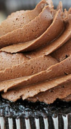 The Best Chocolate Frosting ~ A creamy whipped chocolate frosting that is so smooth you will want to eat it with a spoon!
