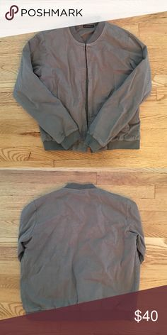 Brandy Melville Green Khaki Bomber Barely worn. Excellent Condition. Great for cooler weather. Brandy Melville Jackets & Coats Utility Jackets