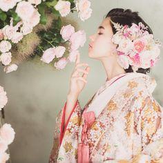 表参道の大人気着物ショップ*和装好きなら必ず行きたい『CUCURU』の和装が可愛すぎ♡ | marry[マリー] Kimono Japan, Japanese Kimono, Oriental Dress, Wedding Kimono, Japanese Costume, Japanese Hairstyle, Japanese Outfits, Yukata, Japan Fashion