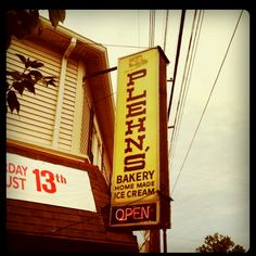 Plehn's, Louisville Ky... My birthday cake came from this bakery every year :)