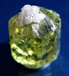 Gem Barrel Fluorapatite with a Quartz Hat. Pre 1974 collection by GoldenHourMinerals on Etsy Minerals And Gemstones, Rocks And Minerals, Natural Healing, Crystal Healing, Stones And Crystals, Gem Stones, Cool Rocks, Science And Nature, Fossils