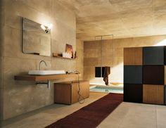 badezimmer mit eingebauter im Boden badewanne