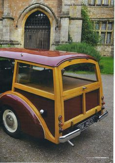 Morris Traveller, Woody Wagon, Morris Minor, Hood Ornaments, Cute Cars, Station Wagon, Caravans, Woodworking Projects Plans, Campers