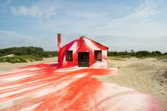 Katharina_grosse_rockaways_fort_tilden_new_york_moma_ps1_installation_list