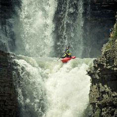 kayaking the curtain call, bighorn river, canadian rockies