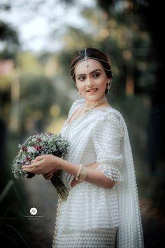 Asian Bridesmaid Dresses, Bridesmaid Saree, Bridesmade Dresses, Asian Wedding Dress, Bridal Dresses, Sri Lankan Wedding Saree, Saree Wedding, Srilankan Wedding, Bride Reception Dresses