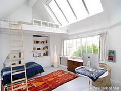 DISCOUNT ► Until June 16th; treat yourself a 20% discount on this vacation rental in the Alesia area of Paris! Organized as a loft duplex, your apartment features large bay windows making the most of the sunshine to highlight the tasteful indoors and even features a third level with a mezzanine in the bedroom!