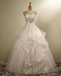 Bridal Dresses Ruffle Tulle Appliques Wedding Dresses