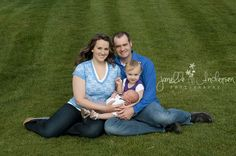www.janelleandersen.com #newborn #baby #infant #boy #photography #picture #naturallight #outdoor #mom #son #brother #mother #dad #father #family #sister #daughter #girl
