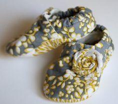 DIY Baby Booties Pattern