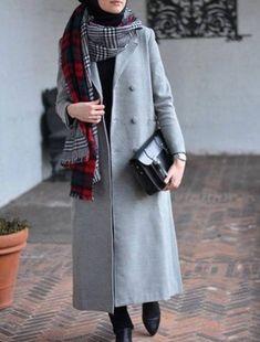 Hijab fashion wear recently became so chic and trendy; Street Hijab Fashion, Abaya Fashion, Muslim Fashion, Fashion Wear, Modest Fashion, Hijab Casual, Hijab Chic, Women's Casual, Modest Dresses
