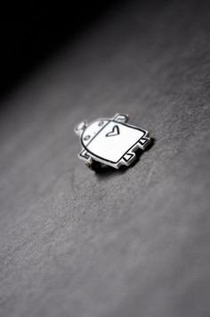 Robot Shrink Plastic Brooch Shrinky Dinks Pin by Cyclop on Etsy, $11.75