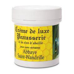"""Zur Auffrischung feinster Lederwaren ist diese """"Luxuscreme"""" gedacht, deren Rezept die Mönche nicht näher verraten, nur das... - Feinlederpflege"""
