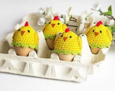 Artículos similares a Decoraciones de huevos de Pascua Crochet de gallo, acogedor calentadores de huevo de pollo, huevo de cubierta, cubiertas de huevo, huevo pollos acogedor, pollo de sombrero de ganchillo en Etsy