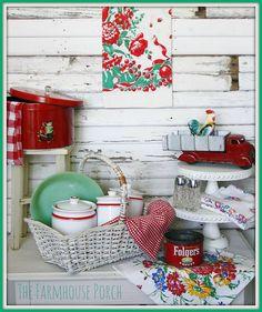 goodi, kitchen items, vintag kitchen, color, porch decorating, farmhouse style, vintage vignettes, vintage kitchen, farmhous porch