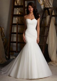 Mori Lee 5108 Asymmetrical fitted wedding dress, Ivory Size 12