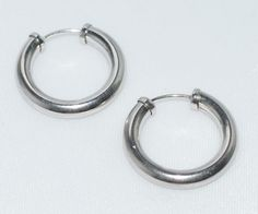 9ct Solid White Gold Sleeper Hoop Ced Earrings 17mm Jewellery Company