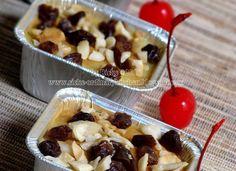 Klappertaart (Indonesian Coconut Pudding/Cake), adalah dessert khas Manado yang merupakan salah satu kuliner warisan Belanda. Klappertaart... Indonesian Desserts, Asian Desserts, Indonesian Food, Indonesian Recipes, Cookie Recipes, Snack Recipes, Dessert Recipes, Snacks, Western Cakes