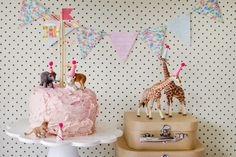Love the giraffe party hats! Easy Homemade Biscuits, Homemade Baby Toys, Homemade Crafts, Circus Birthday, Birthday Parties, Circus Party, Circus Wedding, 3rd Birthday, Birthday Cakes