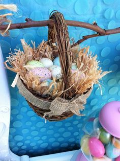 Easter basket decoration at an Easter Party #easter #partydecor