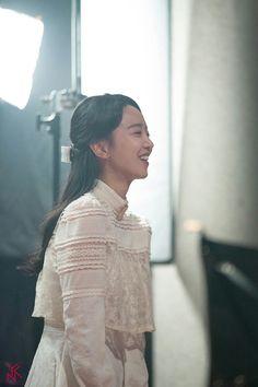 Hymn of death Korean Actresses, Asian Actors, Actors & Actresses, Instyle Magazine, Cosmopolitan Magazine, Kdrama Actors, Powerful Women, Girls Generation, Beautiful Actresses