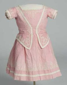 Child's dress, ca. 1890: Norsk Folkemuseum NF.1915-1961