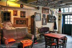 """Heteruf Designs: Café """"Jozef K"""" con decoración Ecléctica y Dirty Chic"""