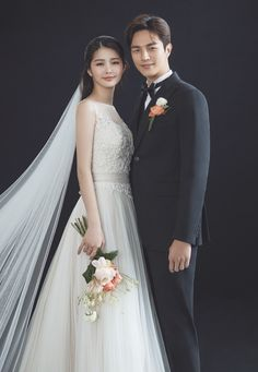 Source by tieutonbao dress korean Wedding Picture Poses, Pre Wedding Photoshoot, Wedding Poses, Wedding Couples, Wedding Dresses, Korean Wedding Photography, Wedding Couple Poses Photography, Bridal Photography, Korean Couple Photoshoot