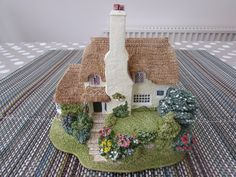 Porlock Down : Lilliput Lane Cottages The Collectors Club Special 1995/96