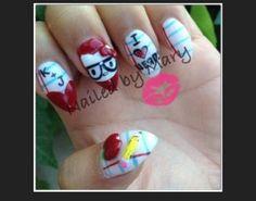 Hello kitty nerd nail design