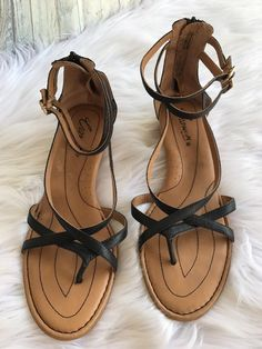 b12f54751811 Crown By Born Black Leather Strappy Wedge Sandals Shoes Size 11