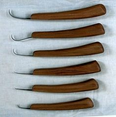 Pick or suggest a hook shape that suits the wood carving project at hand. These are 6 of the most common shapes.