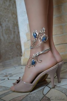nature+inspired+wire+jewelry+by+alena+Stavtseva+_+ankle+band.jpg (500×751)