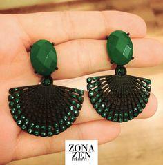 #acessorios #bijufina #biju #brinco #retro #preto #verde #moda #namoda #fashion #estilo #tendencia #shopping #shoppingmiramar #zonazen #zonazenacessorios #santos #sp #brasil