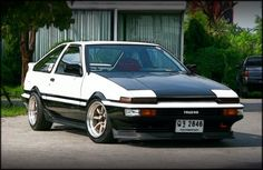 Only a true car enthusiast can appreciate and know the real potential of a Toyota AE86... love this damn car!!