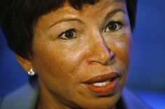 Valerie Jarrett was born in Iran. Her father was a Communist. SHE is a Communist. She runs President Obama's White House, National and International Policies. Wake up! That's how Obama works. Fbi Files, Valerie Jarrett, Federal Bureau, Barack Obama, Obama Hillary, Current Events, We The People, Presidents, Shit Happens