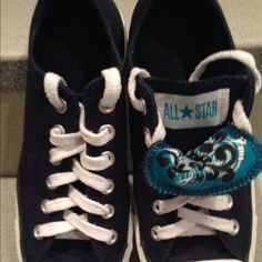 Converse All Stars Navy Converse All Stars in excellent condition Converse Shoes Sneakers