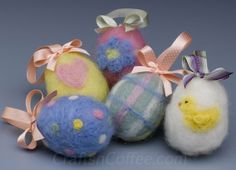 Easy felting tutorial for Easter eggs