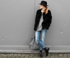 Outfit | Ripped jeans