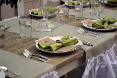 Little Miss Momma's beautiful table setting for her Farmers Market Dinner Party ~ Love, love, love it!