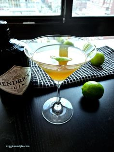 #DRINKRECIPE - Gin Gimlets w/ Homemade Raw Lime Cordial