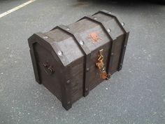Refrigerador Gets convertido en un pecho increíble pirata