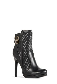cute quilted booties that would look even cuter with a cute quilted bag! #justfabonline