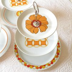 Mod Hostess Stand in Orange, Red and Yellow, Vintage Midcentury Centerpiece for Cupcakes, Appetizers or Favors from High Tea for Alice Vintage Wedding Cupcakes, Wedding Plates, Vintage Cake Stands, Cupcake Display, Platter, Tray, High Tea, Tea Party, Favors
