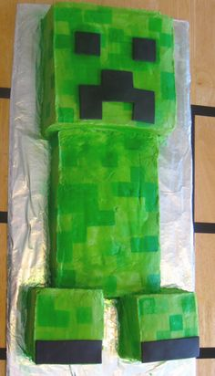 minecraft cake creeper for boy birthday Minecraft Cake Creeper, Minecraft Pasta, Creeper Cake, Minecraft Birthday Cake, Cool Minecraft, Minecraft Crafts, Minecraft Skins, Minecraft Buildings, 10th Birthday Cakes For Boys