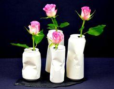 Selbstgemachte Blumenvasen aus Getränkedosen