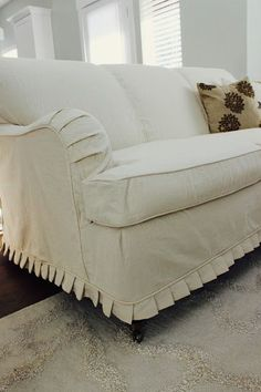Custom Slipcovers by Shelley: Cream duck cloth couch Reupholster Furniture, Furniture Slipcovers, Furniture Covers, Upholstered Furniture, Dining Room Chair Slipcovers, Sectional Slipcover, Sofa Couch, Small Sectional, Chesterfield Sofa