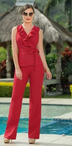 Great jumpsuit with ruffles inseam dress style 2018 - Beautiful Outfits, Cool Outfits, Casual Outfits, Blouse Styles, Blouse Designs, Pinterest Fashion, Schneider, African Fashion, Casual Chic