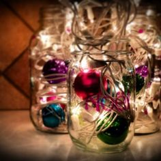 20 Ideas How To Decorate With Christmas Lights - Exterior and Interior design ideas Hanging Christmas Lights, Christmas Decorations For The Home, Light Decorations, Holiday Crafts, Holiday Decor, Christmas Ideas, Prim Christmas, All Things Christmas, Christmas Ornaments